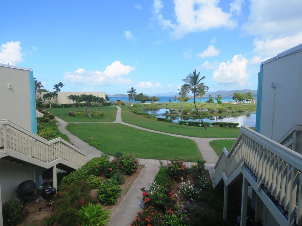 Sapphire Bay West / Crystal Cove